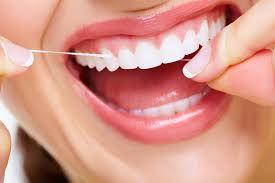 Trồng răng sứ có bị hôi miệng