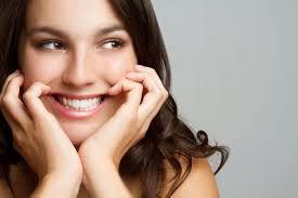 Răng sứ titan có độ bền 15 năm