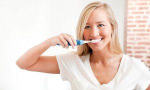 Chăm sóc răng sứ đúng cách