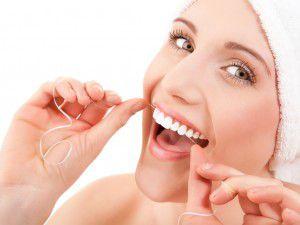 Chăm sóc răng sứ cố định như thế nào là đúng cách ?