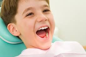 Chỉnh răng sớm cho trẻ em