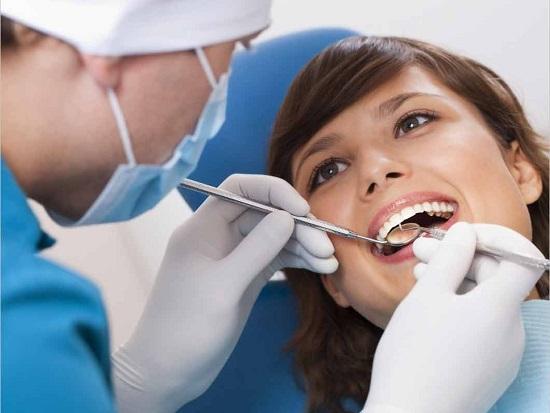 Nguyên nhân răng đổi màu và cách điều trị 2