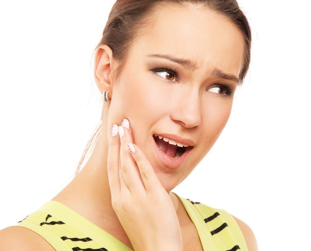 Chăm sóc sau khi nhổ răng khôn 1