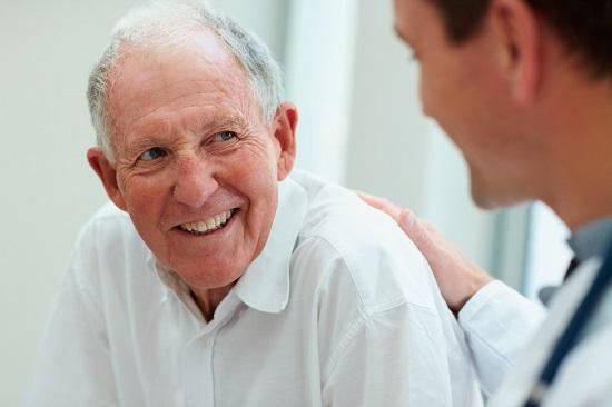 Độ tuổi nào phù hợp để cấy ghép implant? 1