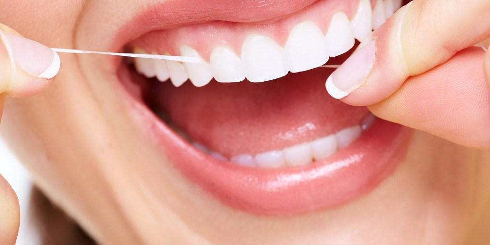 Hiện tượng chảy máu chân răng là thiếu chất gì? 3