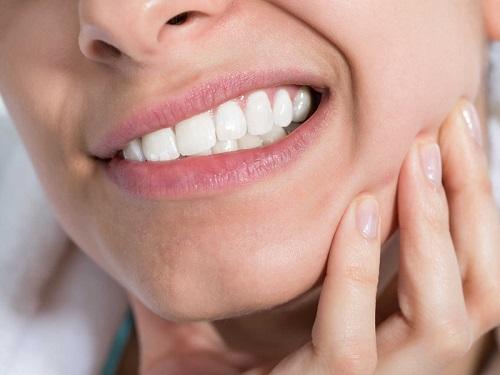 Nhổ răng khôn có nguy hiểm không? Biến chứng có thể gặp phải 3