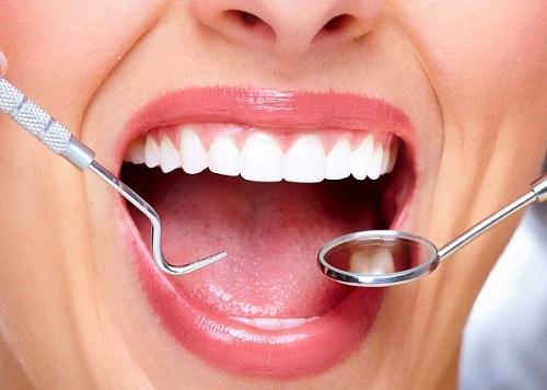 Răng sứ titan có bị đen không? Cách khắc phục-3
