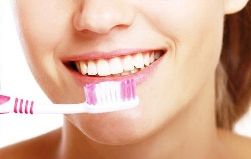 Răng sứ titan sử dụng được bao lâu là phải thay lại?-4