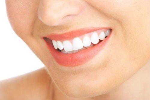 Răng sứ titan có mấy loại? Loại nào tốt nhất?-1