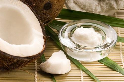 Tẩy trắng răng bằng dầu dừa hiệu quả ra sao? 3