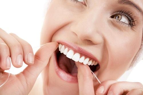 Trồng răng bằng cầu răng - Kỹ thuật phục hình hiệu quả 4