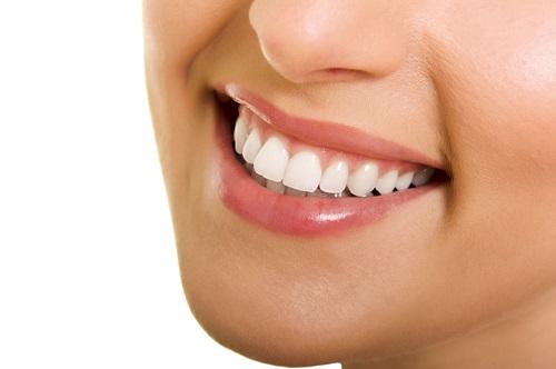Trồng răng cửa hàm trên - Kỹ thuật phục hình phù hợp 3