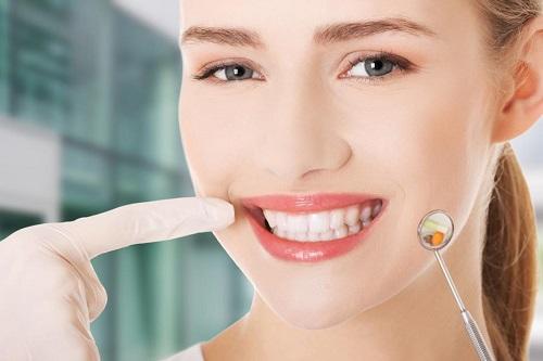Những lưu ý sau khi bọc răng sứ bạn nên biết *