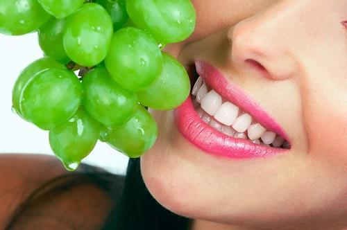 Bọc răng sứ giữ được bao lâu? Có đẹp như lúc vừa thực hiện không? *