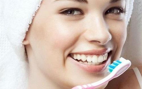 Cách chăm sóc răng hiệu quả *