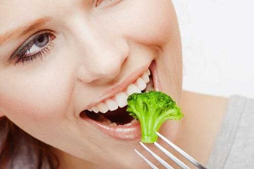 Vì sao nên lấy cao răng theo định kỳ *